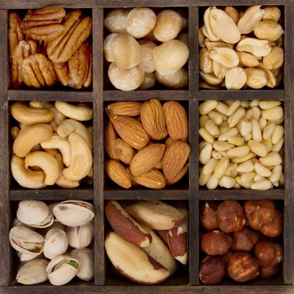 Регулярне вживання горіхів покращує роботу мозку