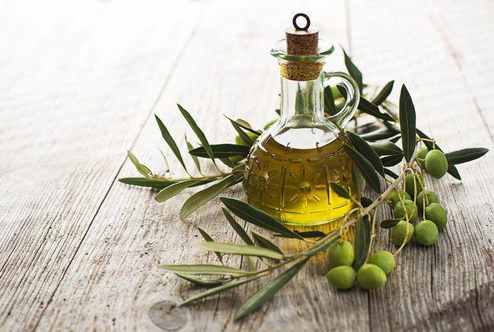 Продукти харчування: користь і шкода рослинного масла