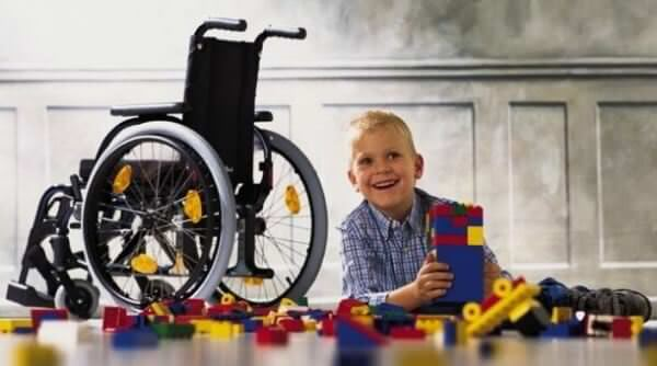 Церебральний параліч: ранні симптоми, причини, лікування.