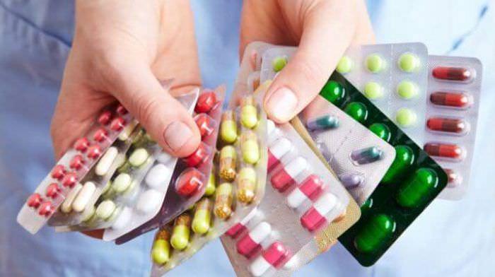 Ліки: чим небезпечна активна реклама таблеток?