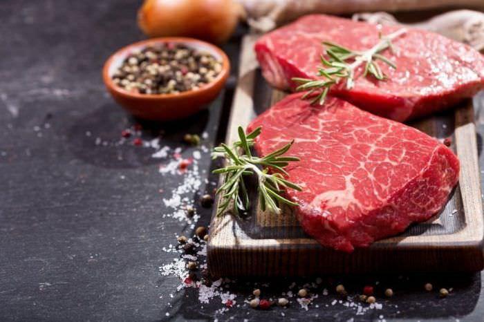 Чим корисне м'ясо для дитини