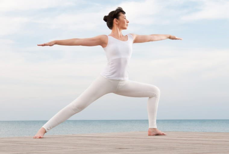 Поза воїна йога