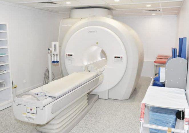 МРТ: суть процедуры, особенности проведения, противопоказания