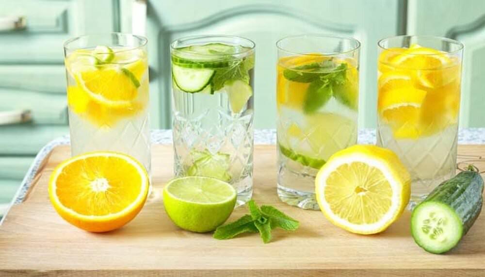 Вода з лимоном: користь і шкода фруктового напою
