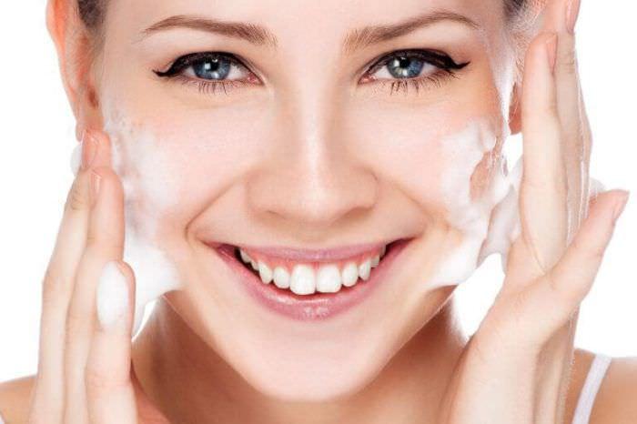 Засоби для очищення обличчя