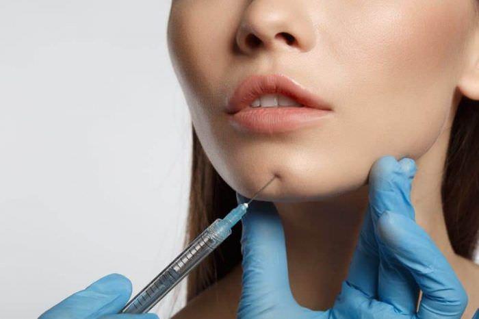 7 б'юті-процедур, яким пластичні хірурги кажуть «ні»