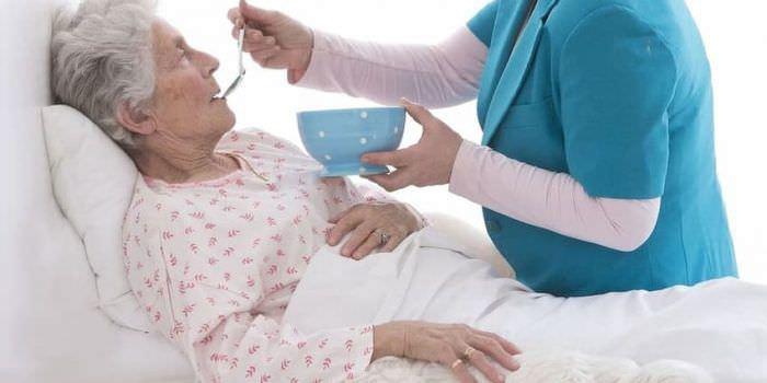 Уход за лежащими пациентами