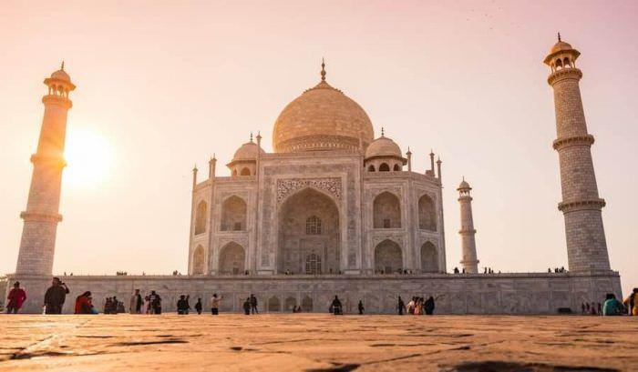 Які ліки варто взяти з собою у подорож до Індії?