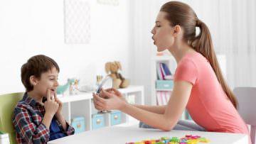 KinderKlinik: Когда ребёнку нужна консультация логопеда?