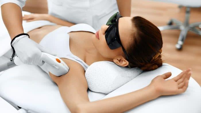 Лазерные технологии для поддержания красоты: лазерная эпиляция и диодное омоложение