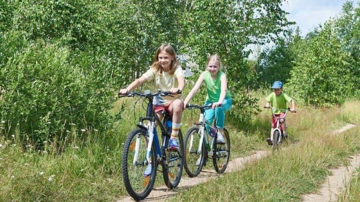 Самый лучший подарок для ребенка – детский двухколесный велосипед
