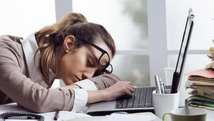 8 причин хронічної втоми: як не хотіти спати