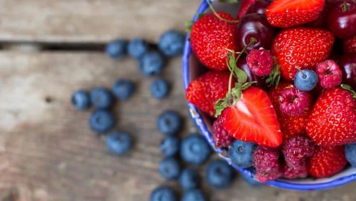Красива шкіра, здорове серце і ще 8 причин їсти ягоди