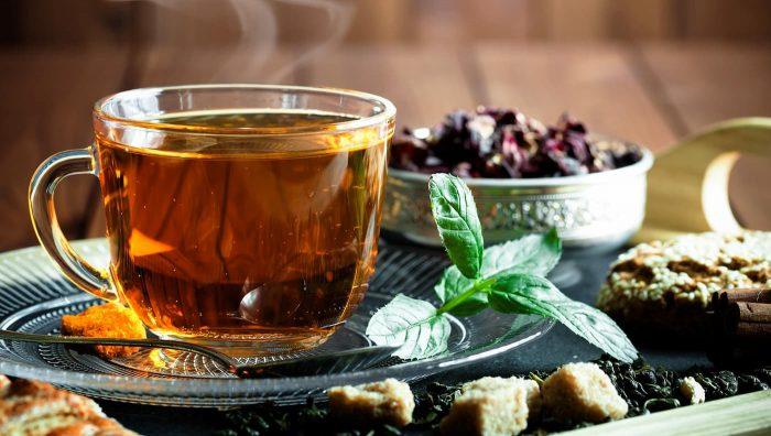 Коротко і по справі про велику користь чаю для волосся
