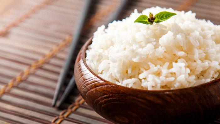 Основа харчування або не самий корисний продукт? Відповіли на всі спірні питання про рис