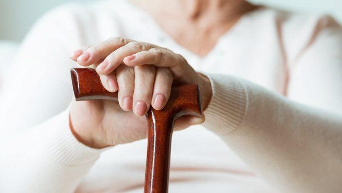 Що потрібно знати про хворобу Паркінсона і способах її лікування