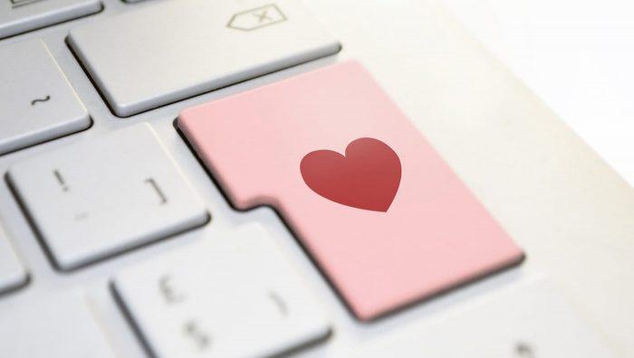 У чому небезпека знайомства через інтернет