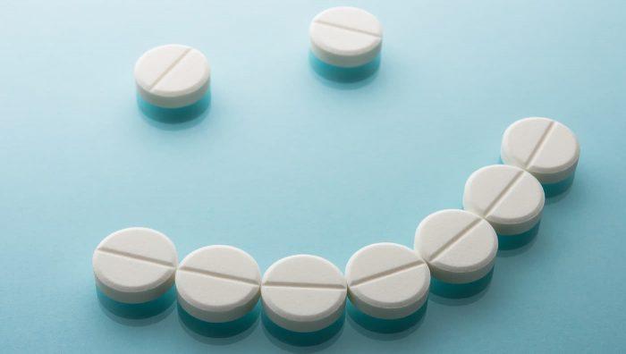 Як працюють антидепресанти і які побічні ефекти можливі